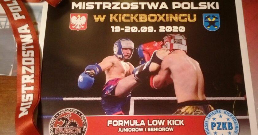 dyplom jednego z uczniów za uzyskanie Mistrzostwa Polski w kickboxingu