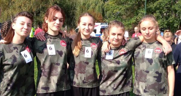 drużyna szkolna w Biegach Przełajowych